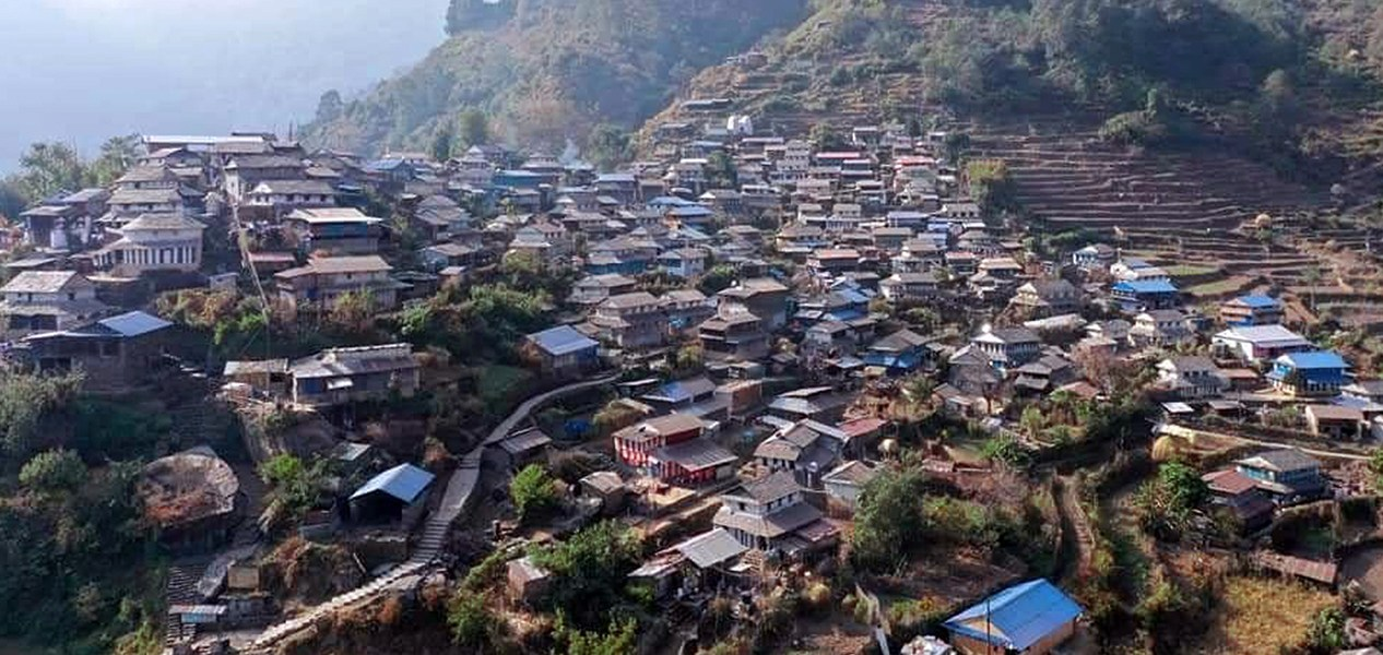 पर्यटकीय सिउरुङ गाउँ